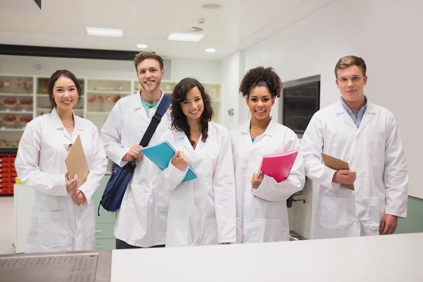 Medical Universities in Dubai: An Expat Guide