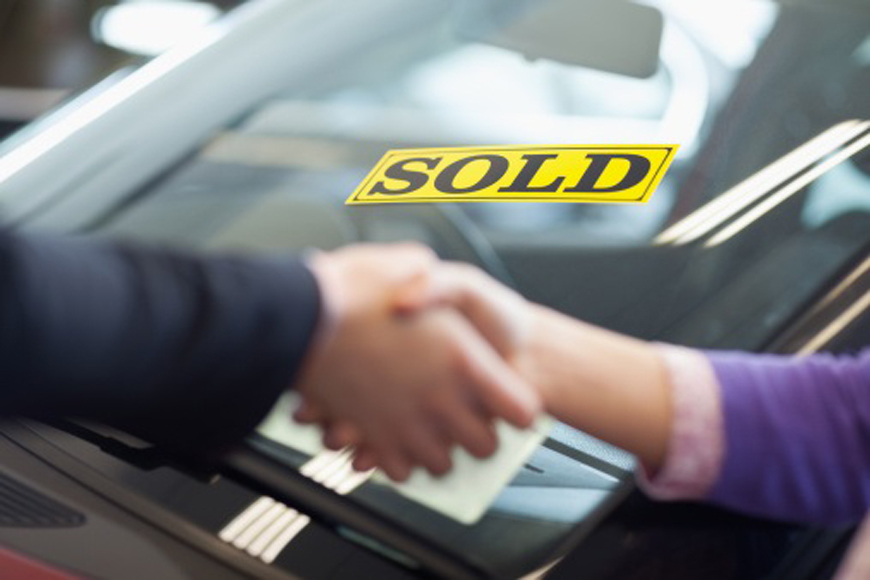 Buying a Car | ExpatWoman com