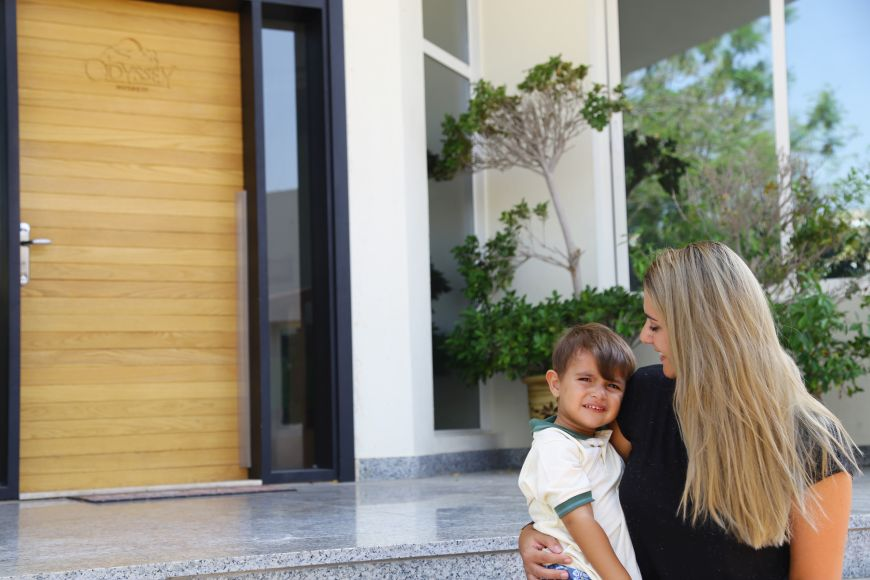 6 Ways to Ease Your Child's Back to School Separation Anxiety