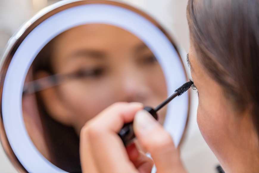 16 Make-Up Hacks Every Girl Needs to Know