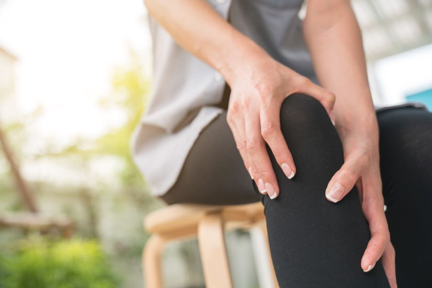 Arthritis of the Knee: Symptoms, Non-Surgical and Surgical Treatment in Dubai
