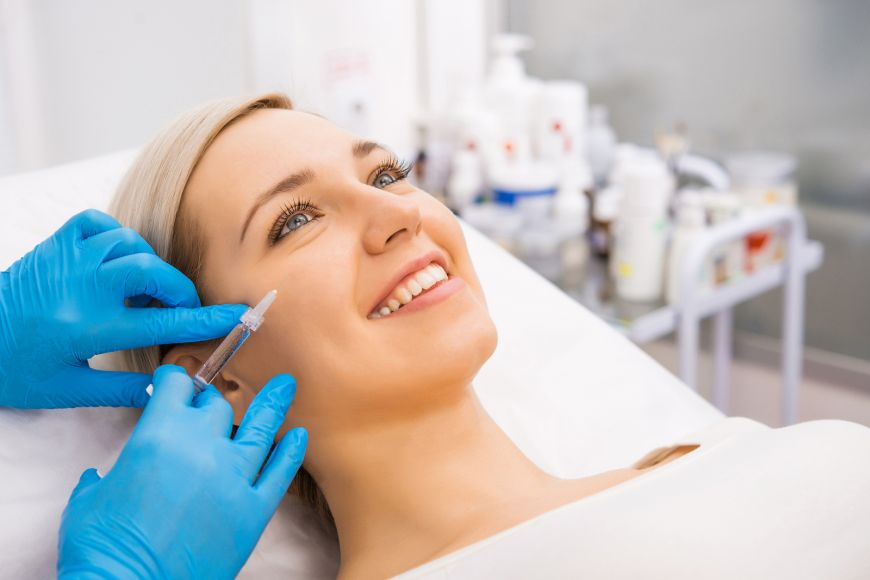 Smooth, Fill and Sculpt: 3 Non-Surgical aesthetic procedures