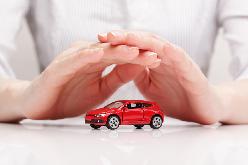 How to estimate car insurance cost in UAE