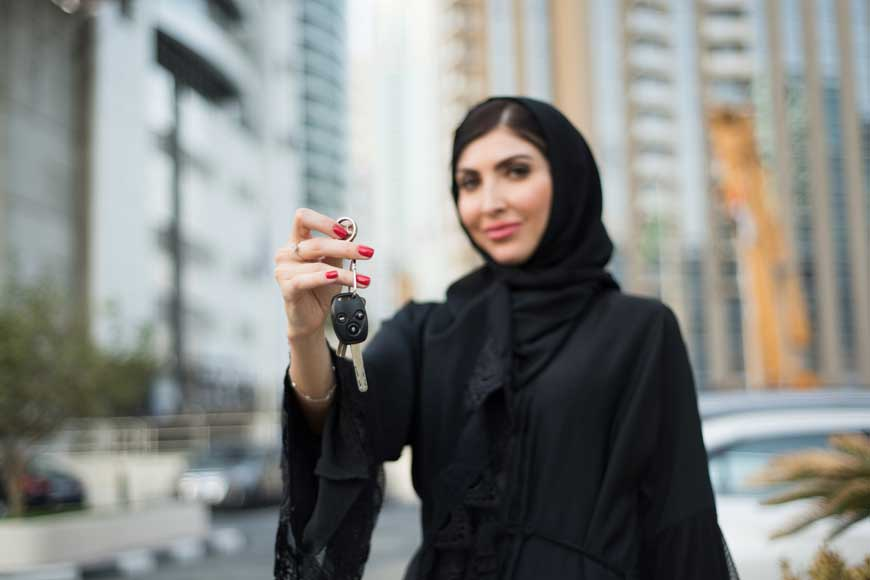 How Women Can Convert Their Foreign Driving Licence in Saudi Arabia