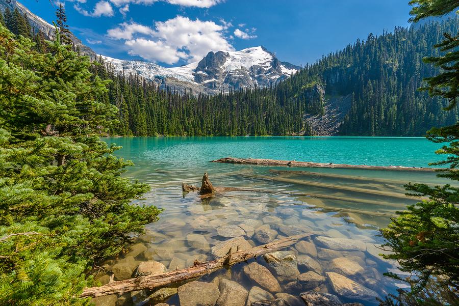 Upper Joffre lake, Canada