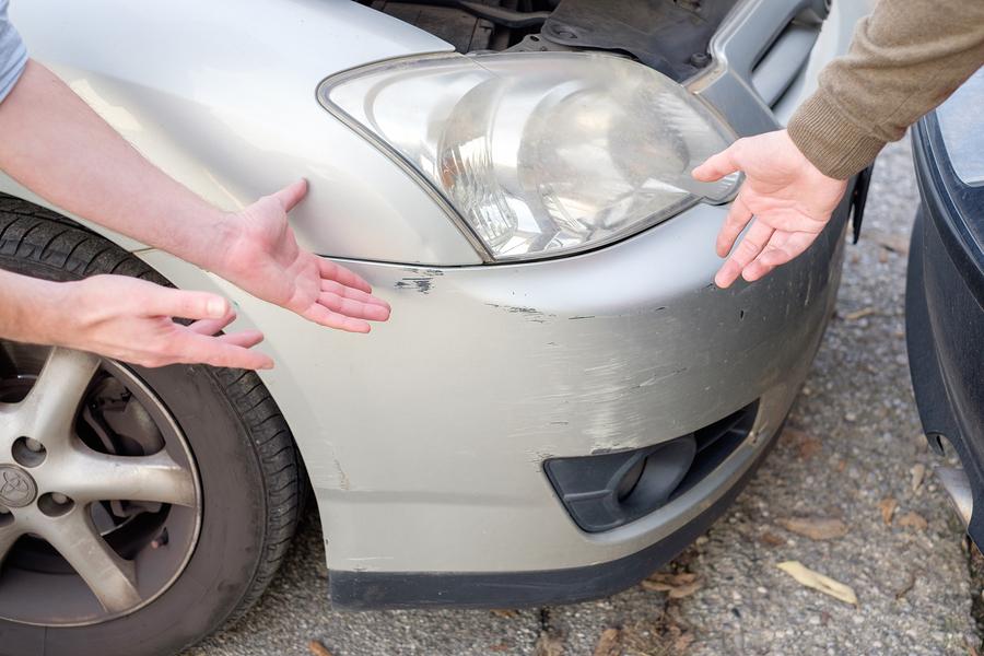 Car straches