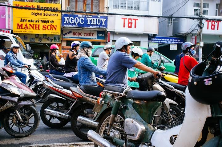 Displaying buzzing motorbikes - danica ratte
