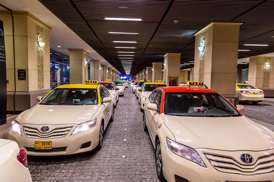 dubai taxi mall of the emirates