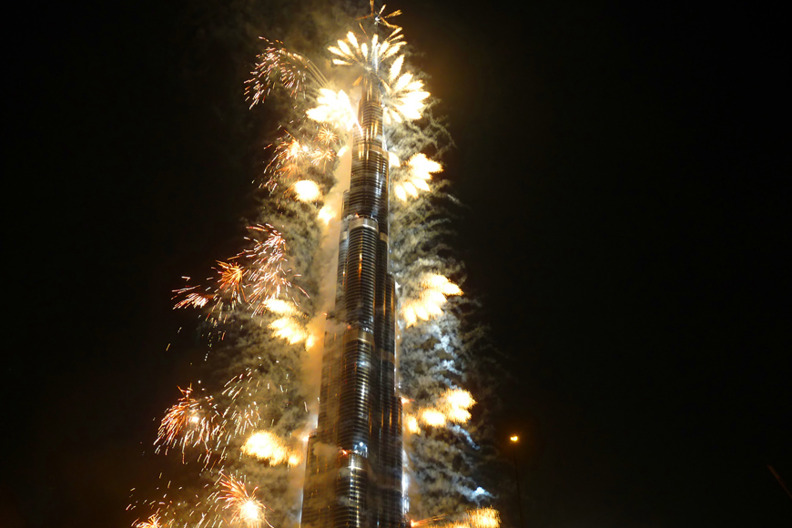 Burj Khalifa New Year's Even Fireworks 2018