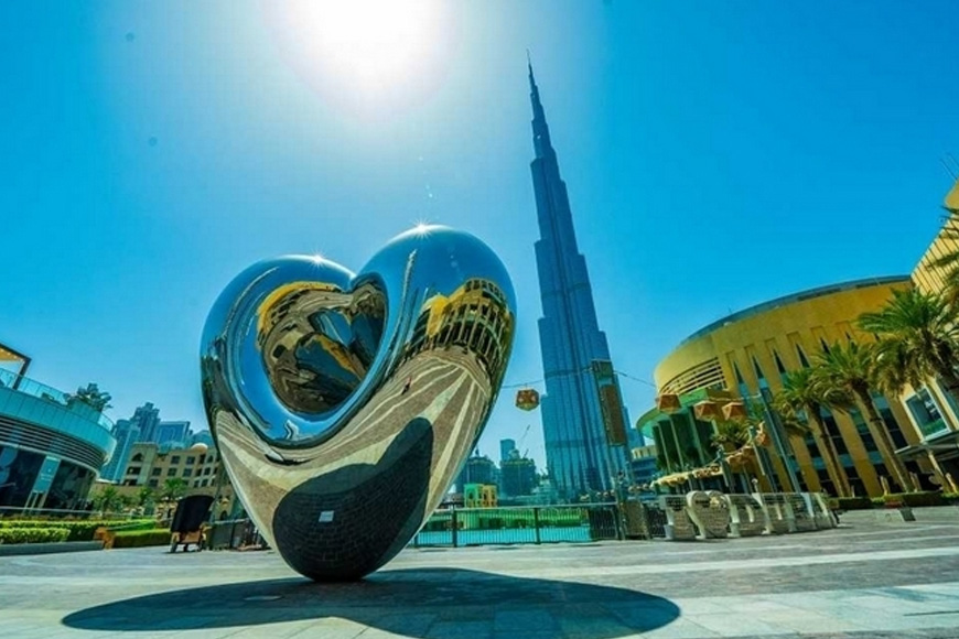 New Heart Sculpture in Downtown Dubai