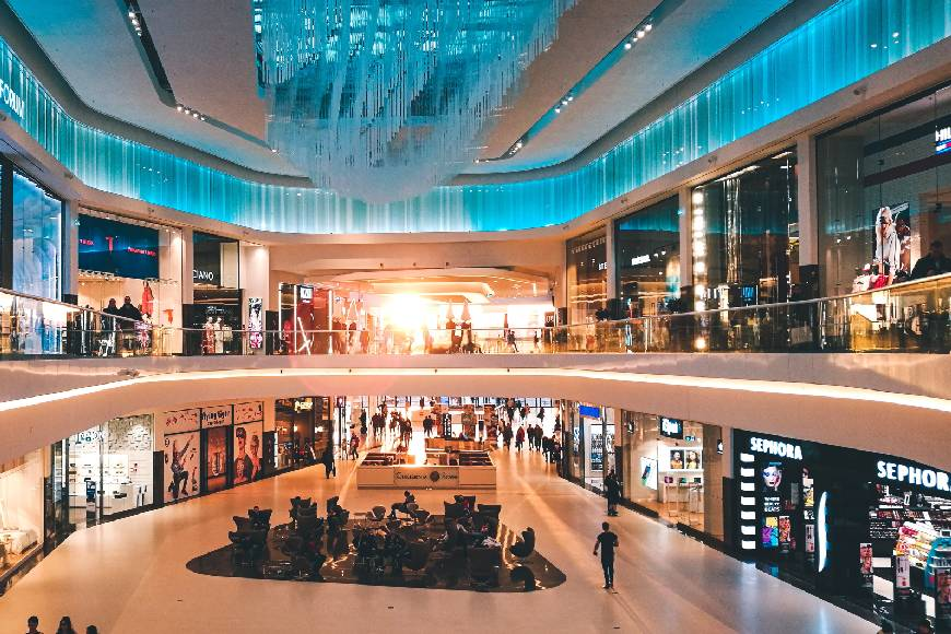 Qatar Re-Opens Selected Malls Across the Country