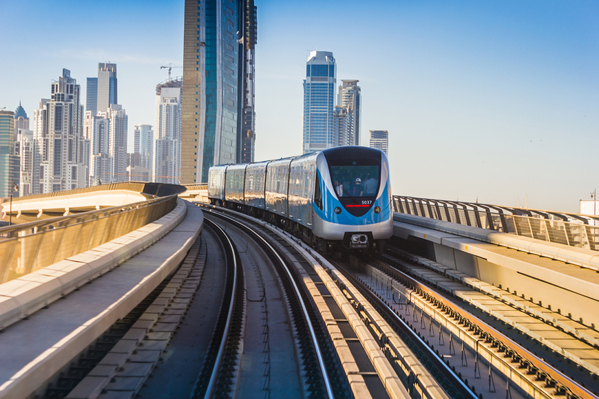 A Guide to Using the Dubai Metro