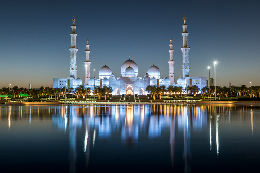 A Guide to the Sheikh Zayed Grand Mosque