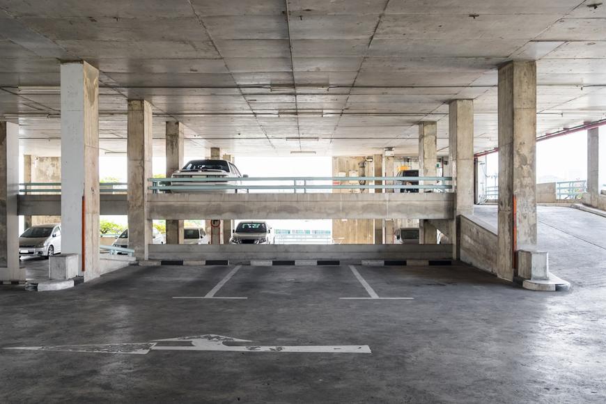 Paid parking in Abu Dhabi 2018