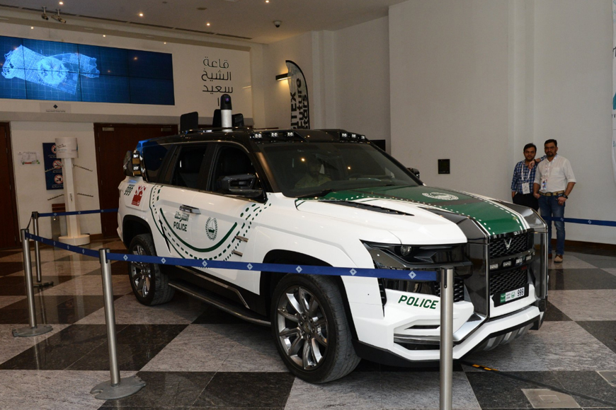 Dubai Police unveil new advanced supercar at Gitex 2018