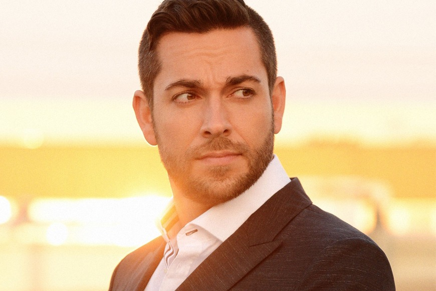 Zachary Levi at Comic Con Dubai
