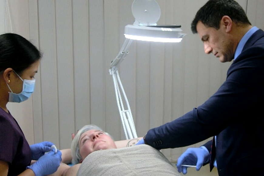How is Botox Treatment in Underarms Carried Out?