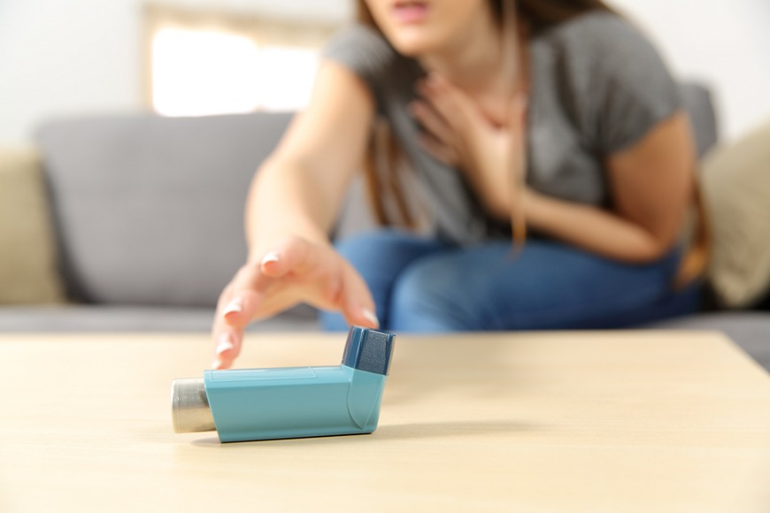 What to do if someone has an asthma attack