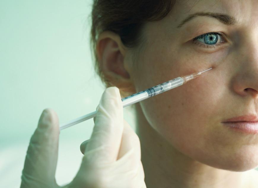 Eye fillers for under eye circles