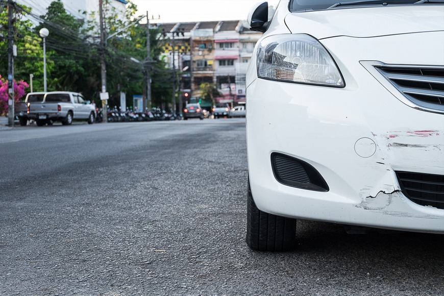 10 Signs a Used Car Has Been in a Car Crash Before