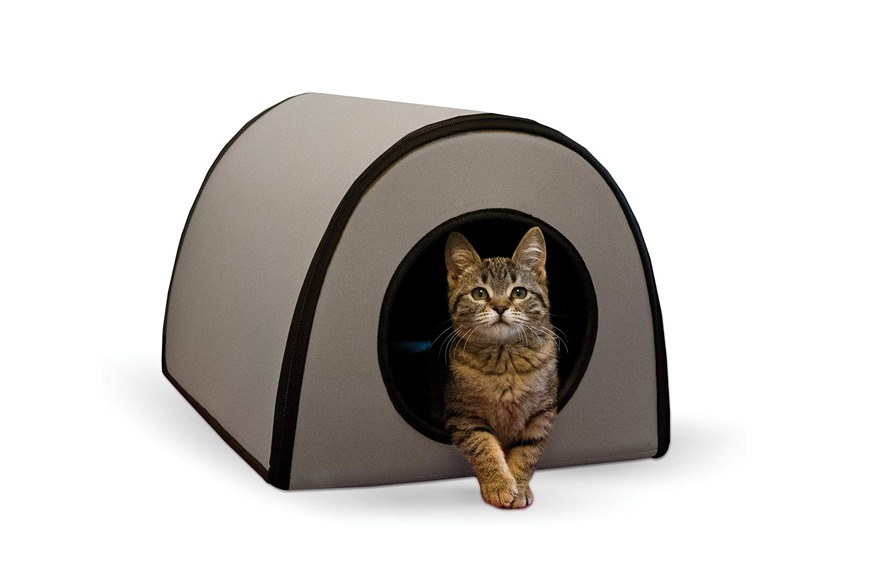 Deluxe Heated Cat Bed