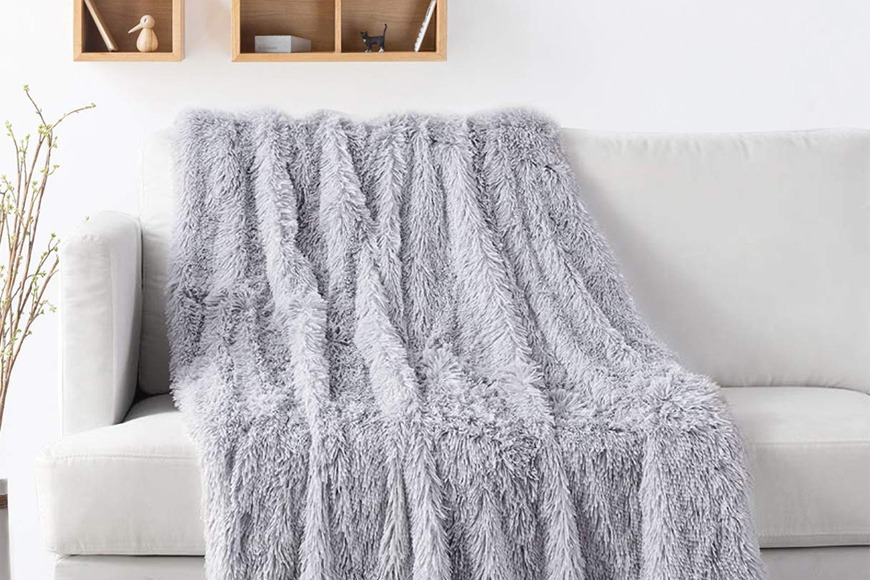 Longfur Throw Blanket