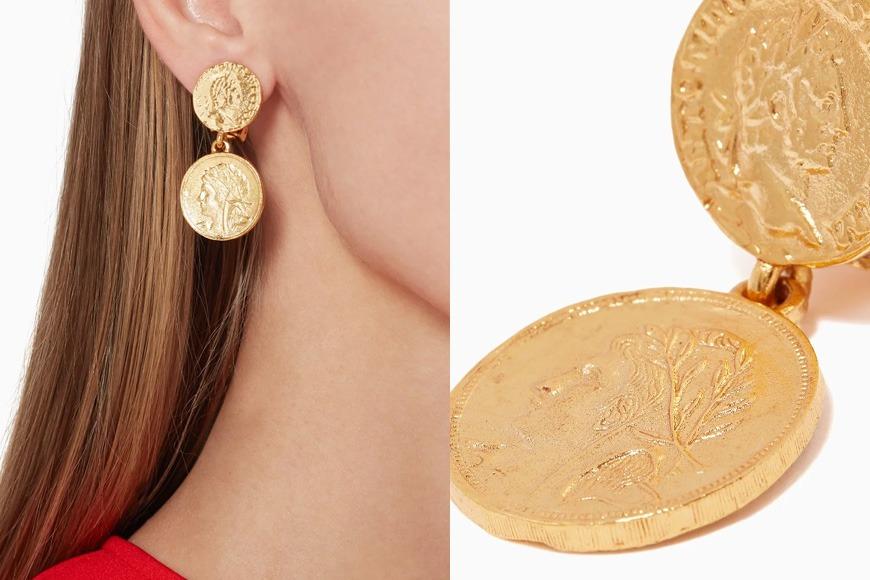 Oscar de la Renta earrings on Ounass