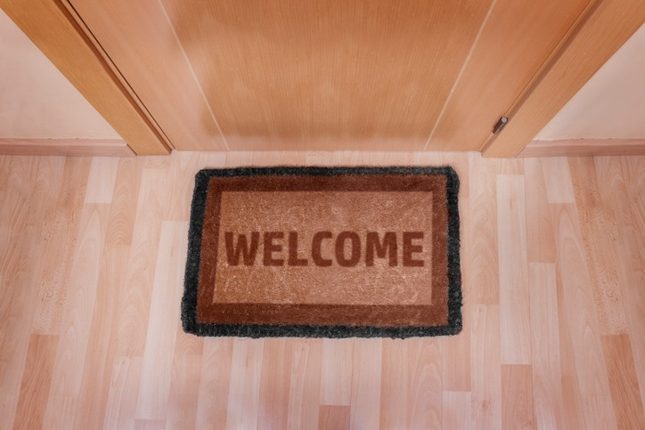Language in dubai expatwoman welcome as in welcome to our home marhaba m4hsunfo