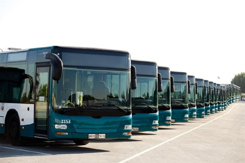 Intercity buses run from Abu Dhabi to surrounding areas, including Al Ain, Ruwais and Dubai or Sharjah