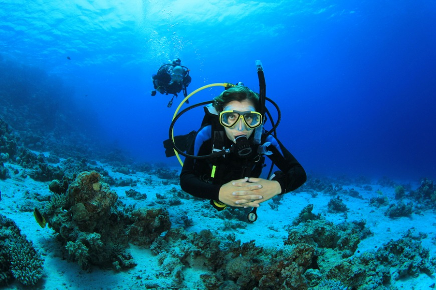 3. Scuba diving in Fujeirah's waters