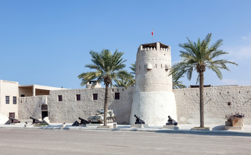 Umm Al Quwain has a number of small islands and mangroves just off the UAE coast, which you can see from the old town.