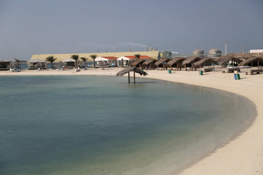 Al Dar Beach | Photo: davestravelcorner.com