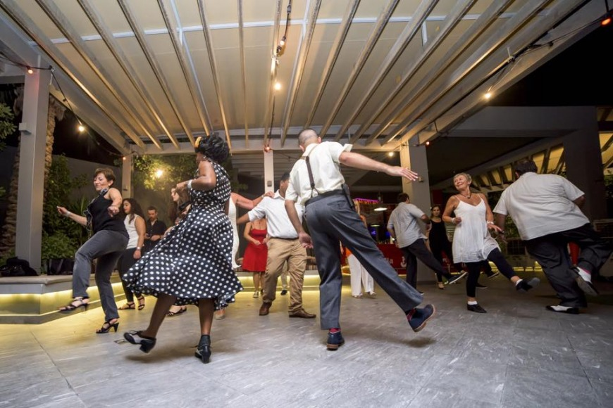 ShakeDown Club Swing Dancing | Photo: FB @ShakeDownClubBH