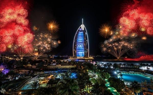 Burj Al Arab   Photo: IG @suraj1007