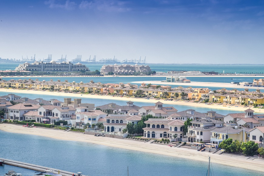 Palm Jumeirah in Dubai area guide