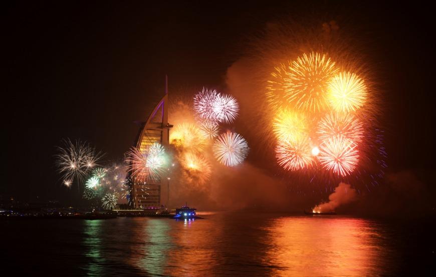 NYE Fireworks 2018 in Dubai and UAE