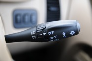 Use Your Indicators in Abu Dhabi or Risk AED 400 Fine