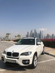 BMW x6 35i with insurance/good condition