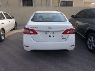 Nissan Sentra  1.6L  2013  near and clean car for urgent sale
