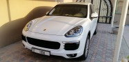 Start 2021 in style: A stunning white Porsche cayenne with platinum interior