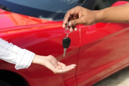 7 Common Mistakes to Avoid While Selling a Car in the UAE