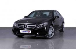 SUMMER OFFER • 0% DP • 1,990 PM • 2016 Mercedes E300 Edition E 3.5 V6 RWD 248bhp • Warranty • GCC