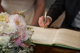 Guide for Expats Getting Married in Kuwait