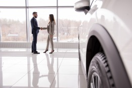 How to Sell a Car That Still Has a Loan in the UAE