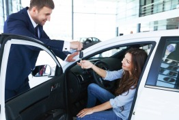 Myths About Buying a New Car in Dubai