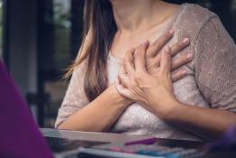 Understanding Gender-specific Symptoms and Risks of Heart Disease