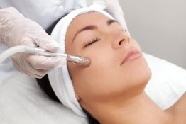 Avail Microdermabrasion Treatment at Mediclinic Dubai Mall