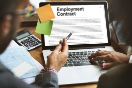 6 Important Clauses to Check on Your Employment Contract