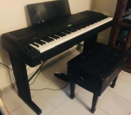 Quality electric Yamaha piano