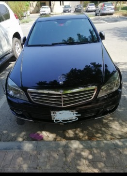 Mercedes C250- V6 very clean excellent inside and outside